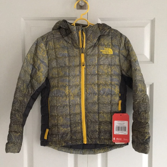 a68a3a77e Boys NWT The North Face ThermoBall Hoodie Canary NWT
